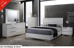 Graylynn White 5 or 6-Piece Bedroom