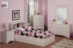 Jenny 4-Piece Youth Bedroom Collection